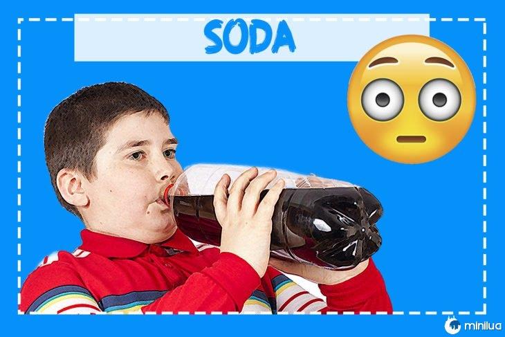 beber refrigerante criança obesa