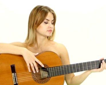 Curso para Aprender Violão Sozinho (Grátis e Pago) (História da Waylle França)