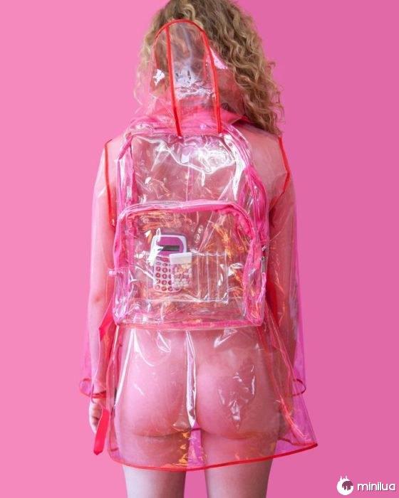 ilegal usar roupas transparentes