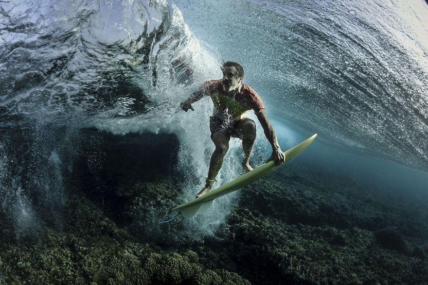 Vencedor do terceiro lugar, Pessoas: Under The Wave, Tavarua, Fiji