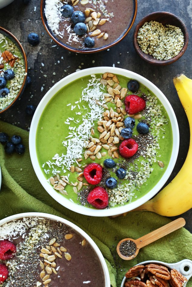AMAZING Green Smoothie Bowls! Change the color with shade of berry. The BEST way to make a smoothie a meal! #vegan #glutenfree #minimalistbaker