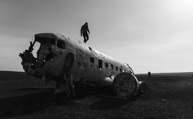aereoplano distrutto
