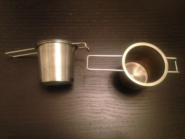De två nya tesilarna har redan blivit favoriter och används flera gånger dagligen i minimalisthemmet.