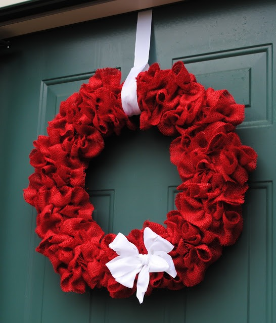 Christmas Wreaths 75 Ideas For Festive Fresh Burlap Or
