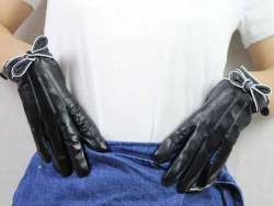 Women Gloves1