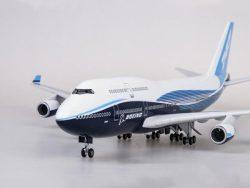 Boeing 747 Dreamliner