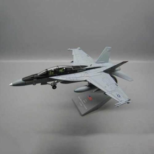 toys f-18