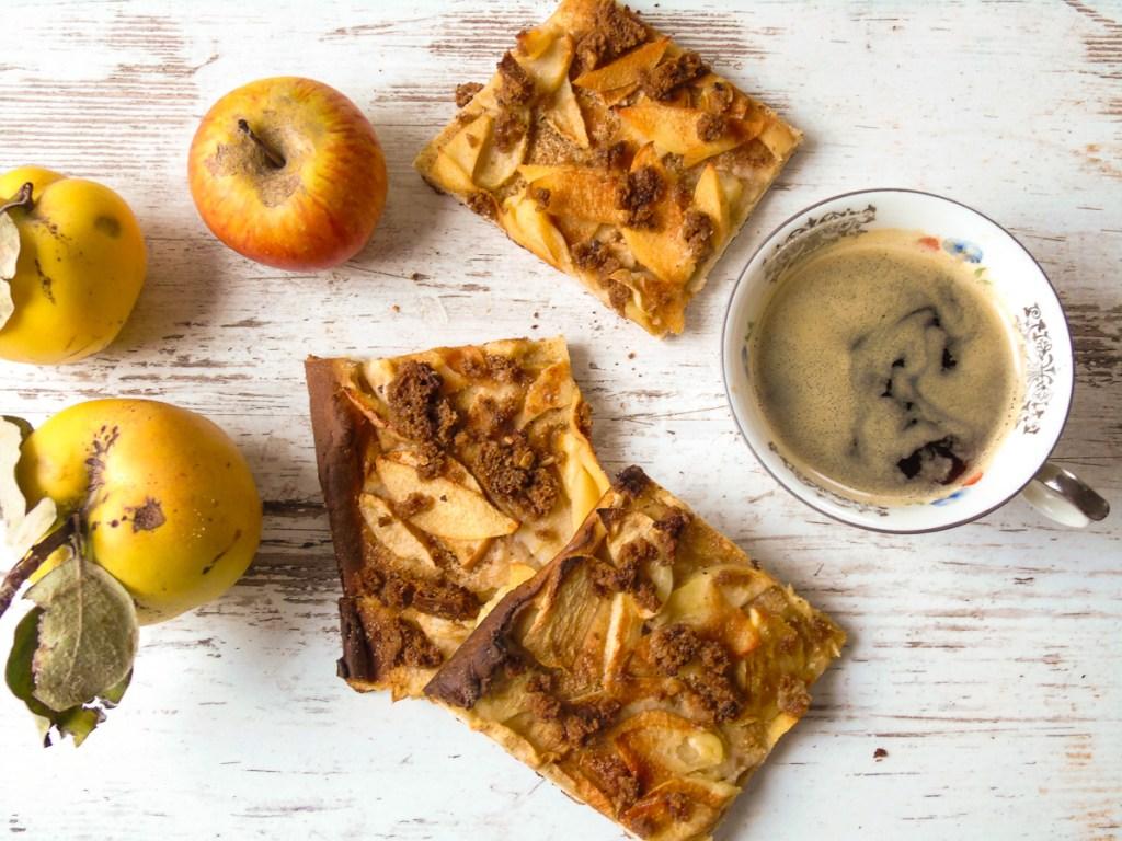 Schwäbischer Apfelkuchen mit knusprigen Brotstreuseln