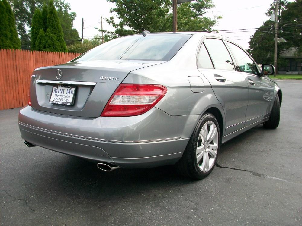 2008 Mercedes-Benz C300 4Matic luxury sedan for sale in Beirut, Lebanon (3/6)