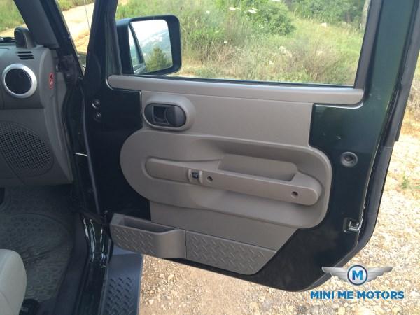 2010 Jeep Wrangler Sahara unlimited for sale at Mini Me Motors in Beirut, Lebanon (6/6)