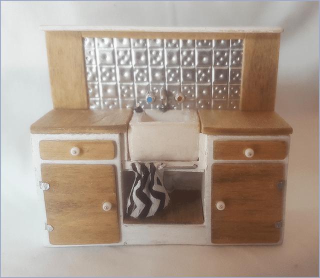 miniature kitchen sink