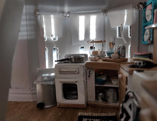 miniature kitchen finished 2