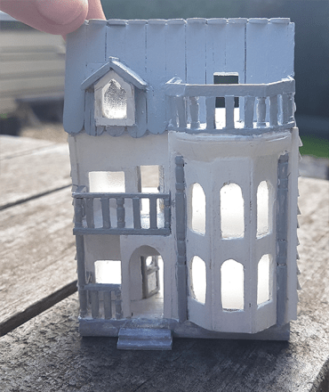 Dollhouse for your Dollhouse – Tutorial by The Square to Spare