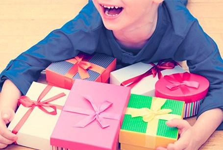 3 maneiras de desencorajar o consumismo em crianças