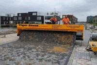 Tiger Stone Paving Machine Lays Brick Roads Like Laying ...