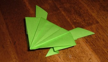 Learn How to Make an Origami Chomper, Snapper, PacMan | 200x350