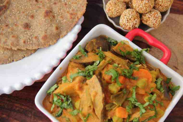 Bhogichi Bhaji (Traditional maharashtrian mix vegetable curry with sesame sauce)