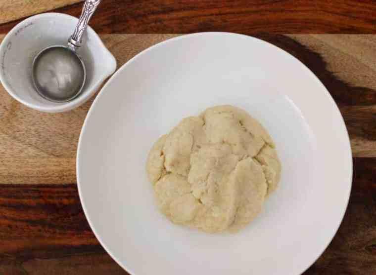 Paakatali Puri - dough