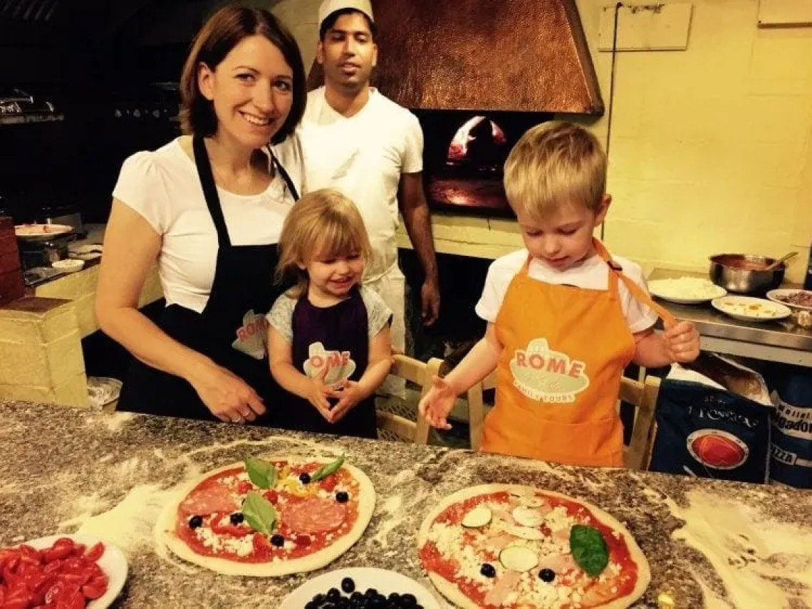 Pizza Making and The Vatican with Rome4Kids www.minitravellers.co.uk