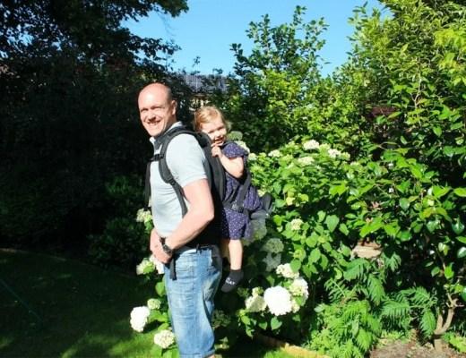 Travel Tips: Freeloader Child Carrier www.minitravellers.co.uk