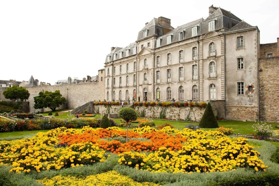 24 Hours in Vannes with Kids | Visit Brittany www.minitravellers.co.uk