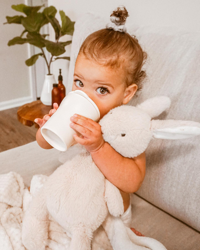 Self-Feeding Tips for 9-Month-Olds