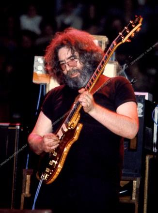 Jerry Garcia - Nassau Coliseum, Uniondale, NY 10/31/79