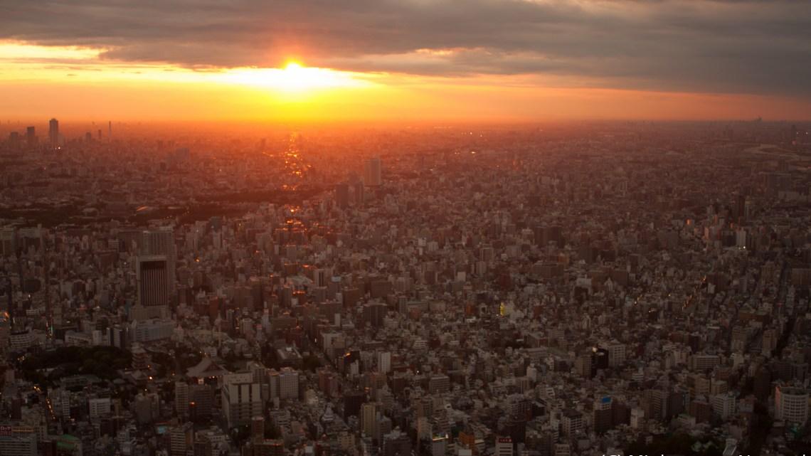 東京スカイツリーの展望台から夜景を撮影