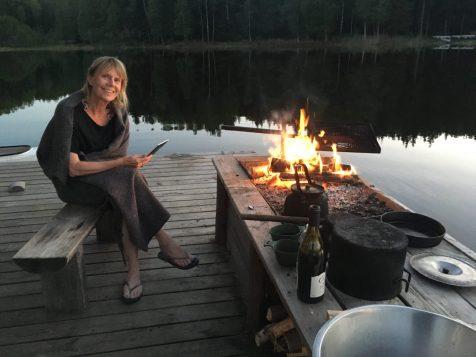 Aftenhygge ved bålet