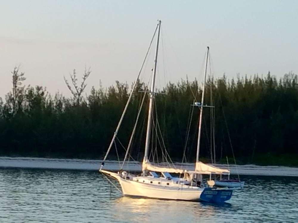 Rosie & Lon Munsey boat Flying Circus 61117