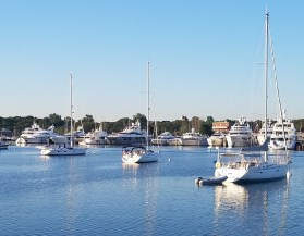 73117 morn Sag Harbor Hamptons NY
