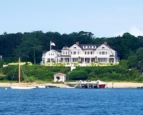 81317 Vine haven on Marthas Vineyard