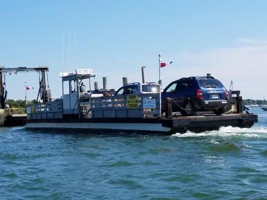 81617 Chappaquidick ferry edgertown goes 50 yds