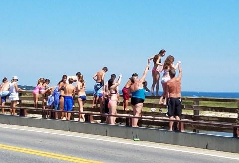 81617 jumping off jawa bridge