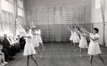 BB-Gymlokaal-opening-ca1951-v
