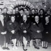 Groep Minnertsgaasters op de foto (3)