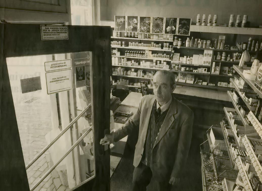 Kruidenierswaren zijn in de winkel niet meer te koop. De drogisterij heeft Post voorlopig aangehouden (Foto Noordoost)