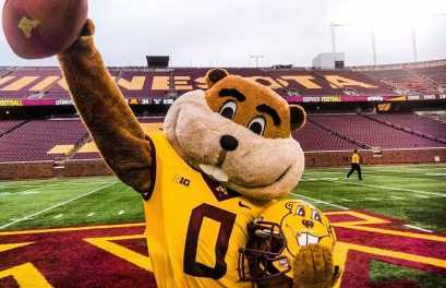 Gopher Football Shows Middle Tenn. St. its Superior Talent