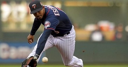 Twins' Re-up with a Clubhouse Favorite, Eduardo Escobar