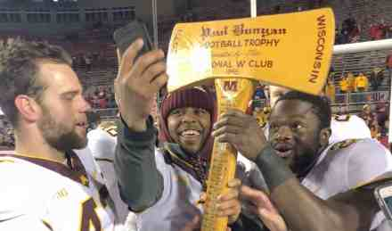 Where Should We Put PJ's Statue; Gophers Bring Axe Back to MN