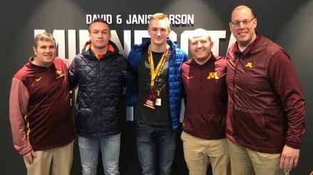 Gopher Football Gets Major Early Commit at Quarterback for 2021