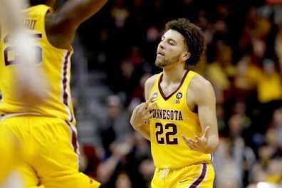 Gophers Beat Up Louisville in 1st Round Upset