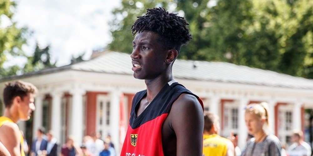 Gophers Get Big Time Commitment from 6'9″ (4-Star) German SF, Isaiah Ihnen
