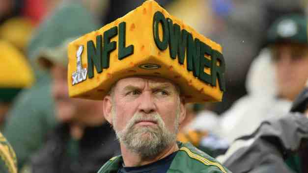 """Editing """"Minnesota Vikings"""" Out of a Song is Peak Salty-Ass Cheese"""