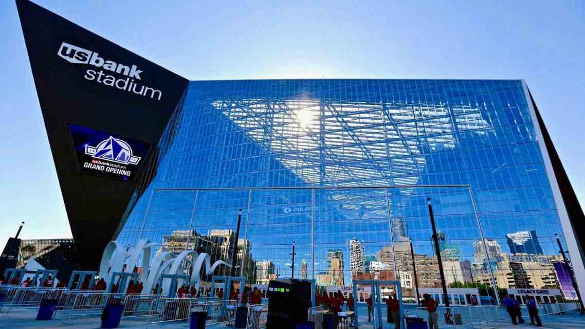 """US Bank Stadium Receives Highest """"Green"""" Rating; Bird Lovers are Pissed"""