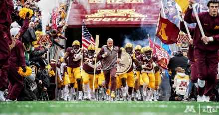 Gophers Find Running Game While Destroying Illinois; Move to 5-0 With Nebraska Coming to Town Next Weekend