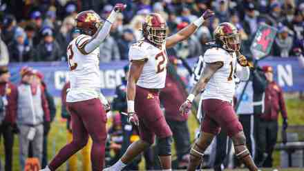 Gophers Move to #8 in Latest CFP Rankings