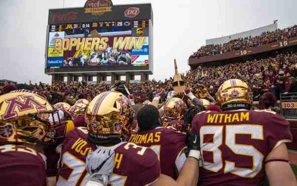 Gophers Move Up to #8 in CFB Playoff Rankings as Doubters Dwindle