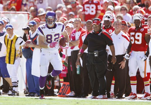 Photo of Kyle Rudolph Catching A Pass For A Long Gain Against The Kansas City Chiefs