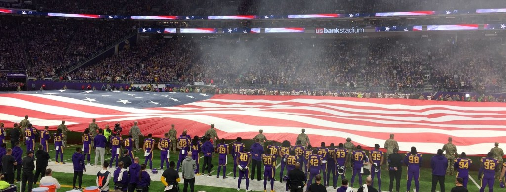 Photo: National Anthem Performance Before Minnesota vs Washington Game